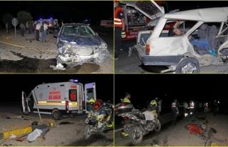 Fethiye'de Kanlı Kaza! İki Otomobil Çarpıştı:...