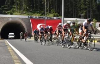 15 Temmuz Şehitlerini Anma Ulusal Bisiklet Yol Yarışı...