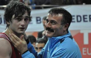 27 Yaşındaki Eski Avrupa Şampiyonu Milli Boksörden...