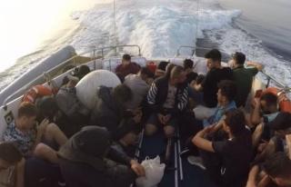 Bodrum Açıklarında 25 Düzensiz Göçmen Kurtarıldı