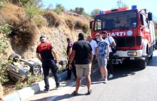 Bodrum'da Araç Sürücüsü Virajı Alamayıp...