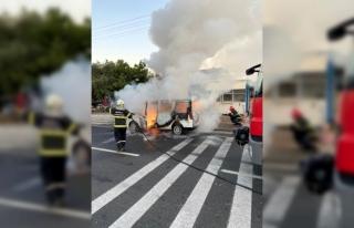 Milas'ta Korkutan Araç Yangını