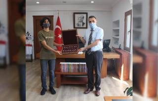 Ortaca Kaymakamı Erdoğan'dan LGS Türkiye Şampiyonu...