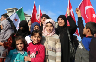 """""""Suriyeliler En Az 5 Yıl Daha Türkiye'de..."""