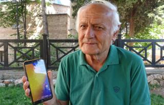 73 Yaşındaki Adam Telefonuna Gelen Mesajla Gerçeği...