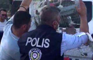 Marmaris'te Polisler Vatandaşların Evlerindeki...