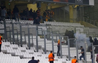 Fransız Polisinden Galatasaray Taraftarlarına Skandal...