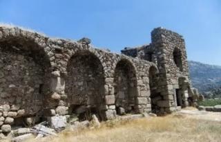 Muğla'daki Herakleia Antik Kenti'nde Kazı...