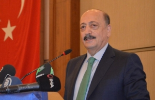 Çalışma Bakanı: Gençler Türkiye'den Kaçmak...
