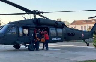 Fethiye'deki Yamaç Paraşütçüsü Helikopterle...