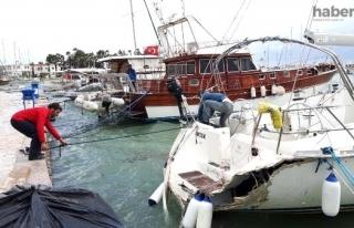 Datça'da Demirli Tekne, Fırtınada Beton Rıhtıma...