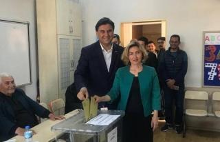 FETHİYE'DE CHP'Lİ ALİM KARACA KAZANDI