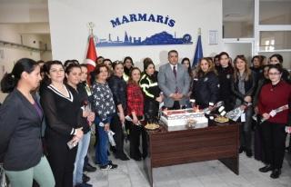 MARMARİS EMNİYET MÜDÜRÜ'NDEN KADIN POLİSLERE...
