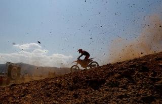 Türkiye üç önemli motokros şampiyonasına ev...