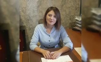 Türkiye'nin En Genç Kadın İlçe Başkanı Yatağanlı Cansu Öztürk Mazbatasını Aldı