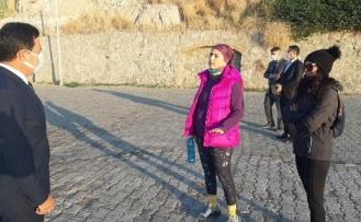 Bodrum Belediye Başkanı Aras Sahildeki Çöpleri Görünce Çılgına Döndü!