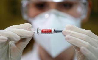 Türkiye, Rusya'nın 'Corona' Aşısı Sputnik V'i Üretmekle İlgileniyor