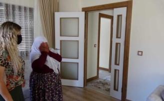 Marmaris'te Babasını Cumhurbaşkanı Erdoğan'a Benzeten Kadına Duygulandıran Sürpriz
