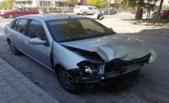 Menteşe'de KPSS'ye Yetişmeye Çalışan 2 Kişi Kaza Yaptı