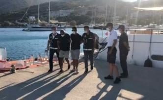 Datça'dan Tekneyle Yunanistan'a Kaçmaya Çalışan 10 FETÖ Şüphelisinden 8'i Tutuklandı