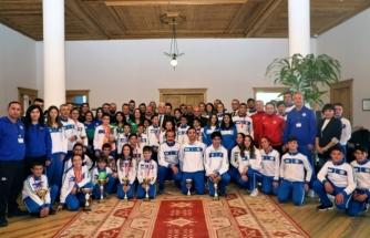 Büyükşehir Sporcuları Başarıya Doymuyor