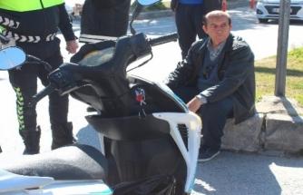 Kiralık Araçla Motosiklete Çarpıp Kaçtı!