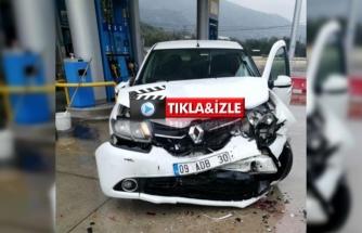 Milas'ta 2 Kişinin Yaralandığı Kaza Güvenlik Kamerasında