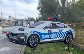 Yerli Otonun Maketi Trafik Polisi Aracı Oldu