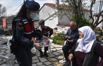 """Emeti Nineden Jandarma Ekiplerine """"Kahveli"""" Teşekkür"""