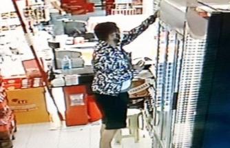 Köyceğiz'de Marketten İçki Çalan Şüpheli Kameraya Yakalandı!