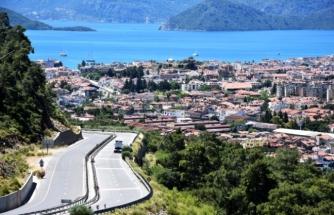 Marmaris'te Sokağa Çıkma Kısıtlamasında 32 Kişiye Para Cezası