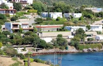Yılmaz Özdil Bodrum'daki Milyon Dolarlık Evini Yıkıyor