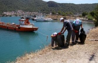 Fethiye'de Bando Eşliğinde Kıyı Temizliği