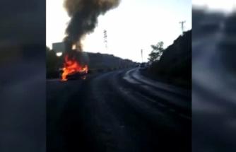 Bodrum'da Seyir Halindeki Otomobil Yandı!