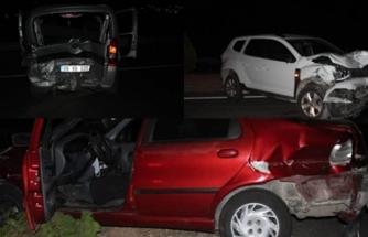 Muğla'da Kaza Yapan Askere Yardım İçin Durup Yolu Birbirine Kattılar