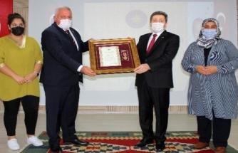 Muğla'da Şehit Yakınları ve Gazilere Devlet Övünç Madalyası Verildi