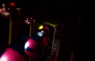 Yatağan'da Kazada Araç İçinde Sıkışan Şahsın Yardımına İtfaiye Yetişti