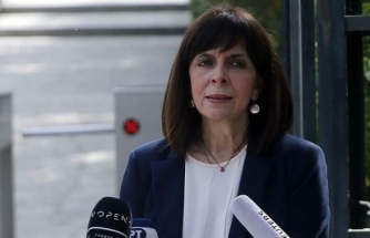 Yunanistan Cumhurbaşkanı Türkiye'yi Kıbrıs'ta İşgalci İlan Etti!