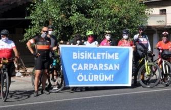 """Köyceğiz'de Bisikletçilerden """"Bisikletime Çarparsan Ölürüm"""" Etkinliği"""