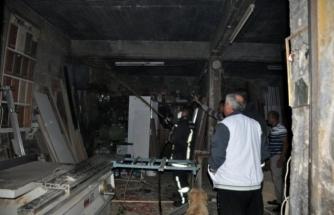 Milas'ta Marangoz Atölyesinde Çıkan Yangın Hasara Neden Oldu