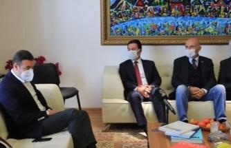 CHP Genel Başkan Yardımcısı Akın, Bodrum Belediye Başkanı Aras'ı Ziyaret Etti