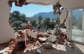 Datça'da İmara Aykırı Binaların Yıkımına Devam Ediliyor
