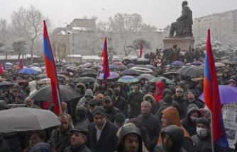 Ermenistan Savunma Bakanlığı: Ordunun Siyasete Dahil Olması Kabul Edilemez