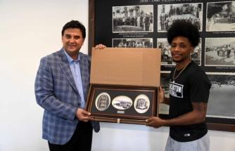 LK Fethiye Belediyespor'un Oyuncusu Erick Neal Tedavi İçin ABD'ye Döndü