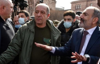 Paşinyan'dan Genelkurmay Başkanı ve Savunma Bakanı İçin Tutuklama Emri
