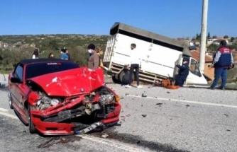 Yatağan'da Ticari Araç İle Otomobil Çarpıştı: 2 Yaralı