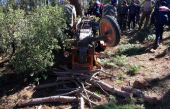 Kavaklıdere'de Traktör Altında Kalan Vatandaş Yaşamını Yitirdi