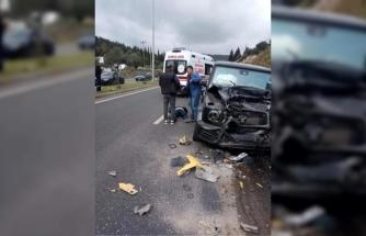 Milas'ta Karşı Şeride Geçen Otomobil Dehşet Saçtı: 3 Yaralı