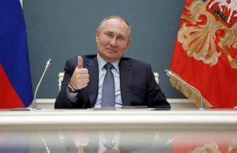 Rusya Lideri Putin, 2036'ya Kadar Başkan Olma Kararını İmzaladı