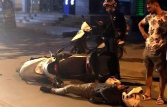 Menteşe'de Bomboş Yolda İki Motosikletli Kurye Kaza Yaptı, Biri Yaralandı